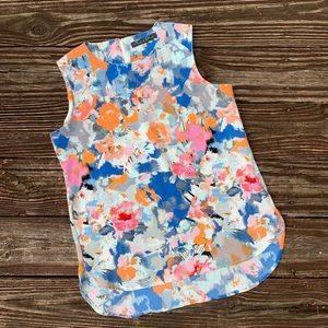 Rose & Olive   Blue floral hi-low blouse size M